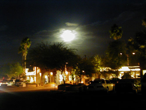 20020426_full_moon_on_scott